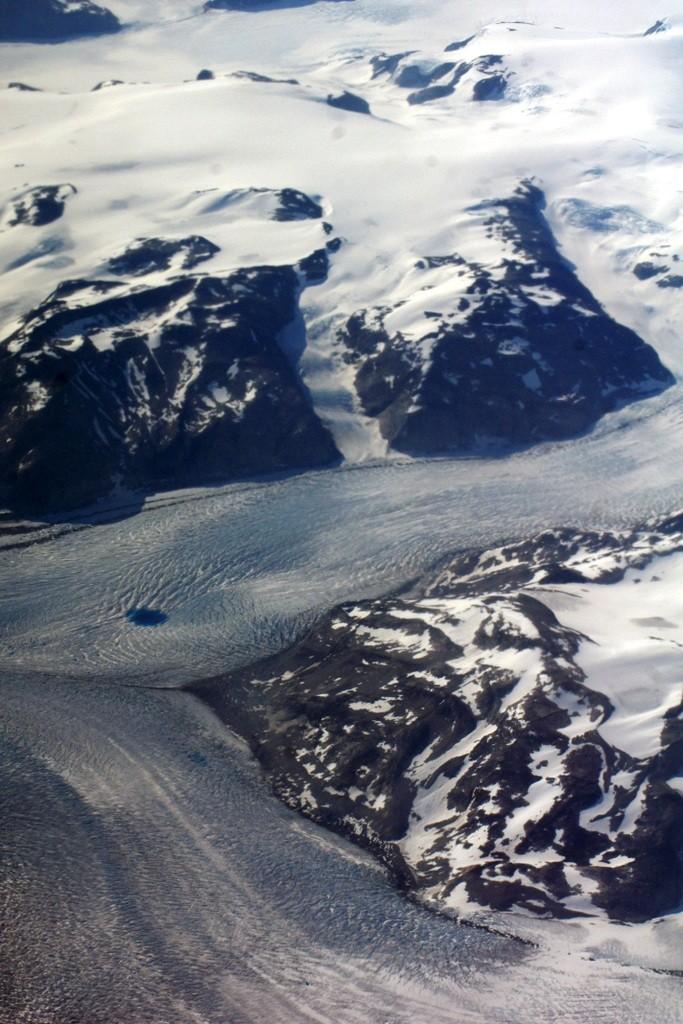 Supra-glacial lake